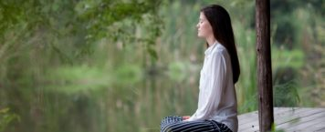 Why You Should Meditate & 4 Apps to Get You Started