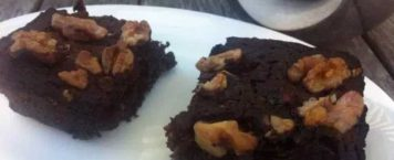 A Deliciously Healthy Brownie Recipe With a Surprise Ingredient!
