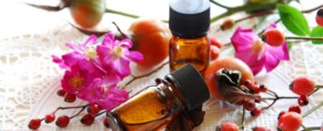Benefits & Uses For Rose Hip Oil